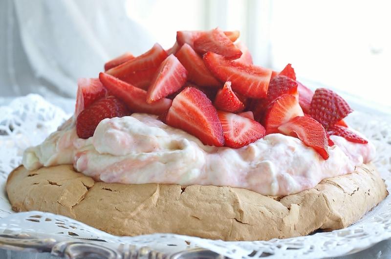 mjuk maräng tårta