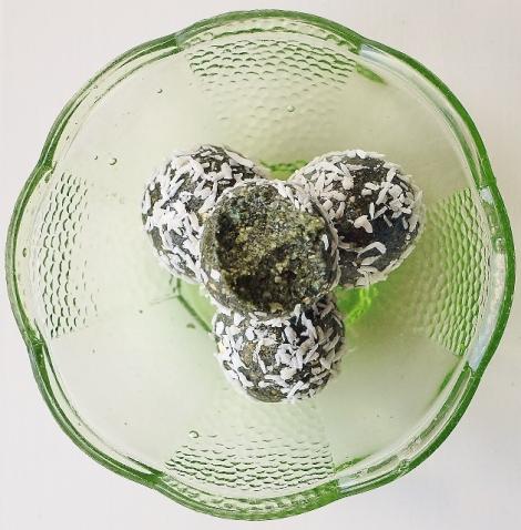 pistachioballs